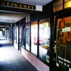 lll. ker. Budapest, Lajos u. 42. /árkádsor/ 16. bolt