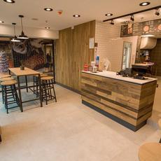 Pizza Hut - Self Store Plaza