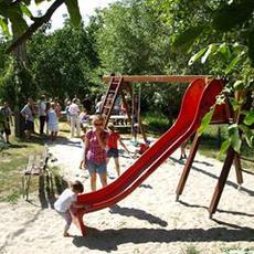 Árok utcai Játszótér (Forrás: obuda.hu)