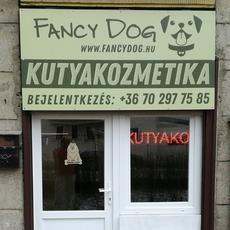 Fancy Dog Kutyakozmetika kívül