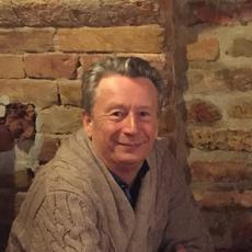 Dr. Timár Tibor fül-orr-gégész