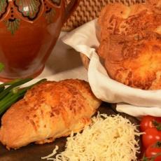 Lipóti füstöltsajtos croissant