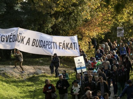A demonstrálók egy része (Fotó: index.hu)